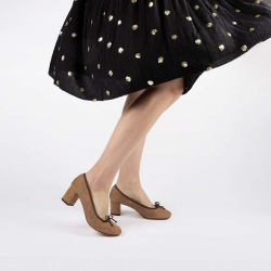 Annette ballerinas with a heel nuts