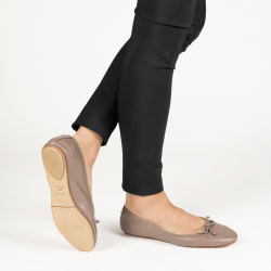 Carry-Over foldable ballerinas with a leather pouch